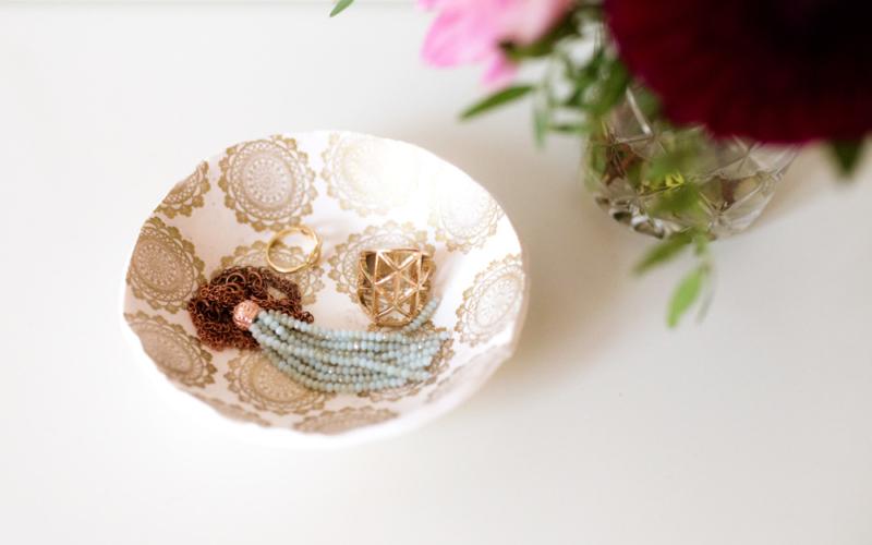 DIY Fimo Schüssel mit Goldstempel, Packendes im September und eine kleine Überraschung für euch