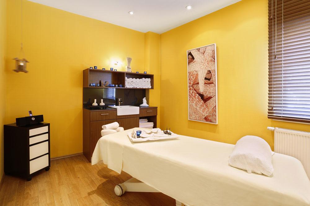 _K4A8370_Massage