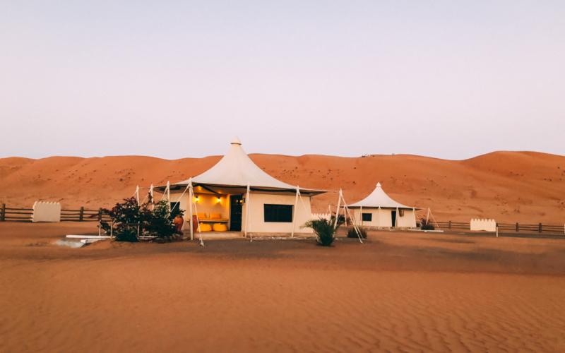 Omanreise – wir besuchen eine Oase, bewundern Schluchten und Sonnenuntergänge in der Wüste