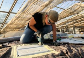 Camper Umbau Teil 5: Dachluke und Fenster einbauen