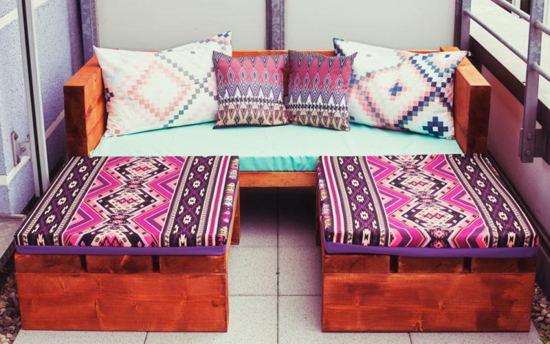 DIY Holzsofa für draußen