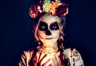 DIY: Halloween Kostüm selbstgenäht und passende Schminktipps dazu
