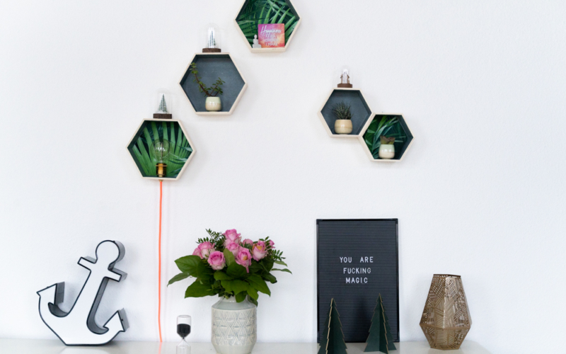 DIY Wandregal mit Lampe und Textilkabel